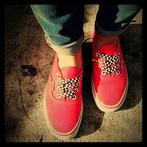 VANS low top red & white checkered laces